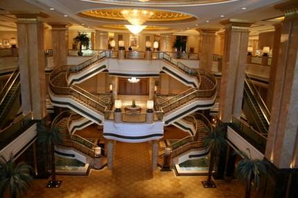 Emirates Palace - uvnitř